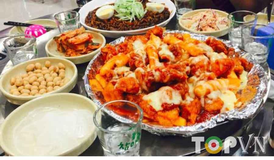 TOP 10 quán ăn vặt ngon ngất ngây ở Cầu Giấy dành cho sinh viên – Phần 2